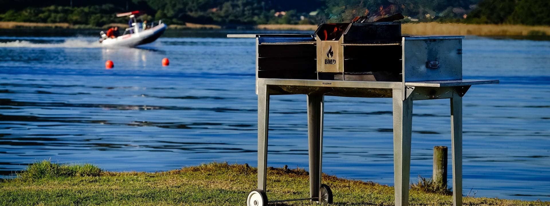 Stainless steel outdoor braai